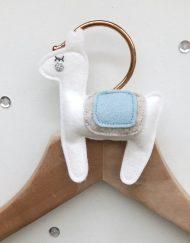 Kledinghanger alpaca blauw